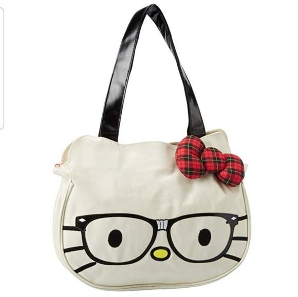 02149b2009 NWT- Hello Kitty shoulder bag I love nerds